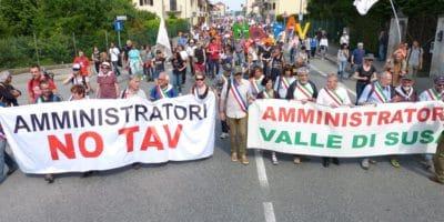 Manifestation NoTAV du 19 mai 2018 en Val de Suse Italie